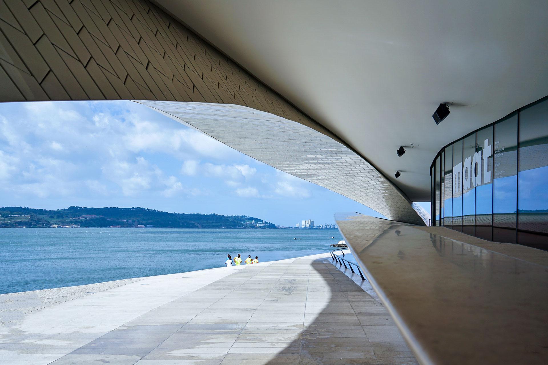maat, architettura contemporanea, amanda levete, rio tejo, belem, lisboa, portogallo, elena galimberti, fotografia