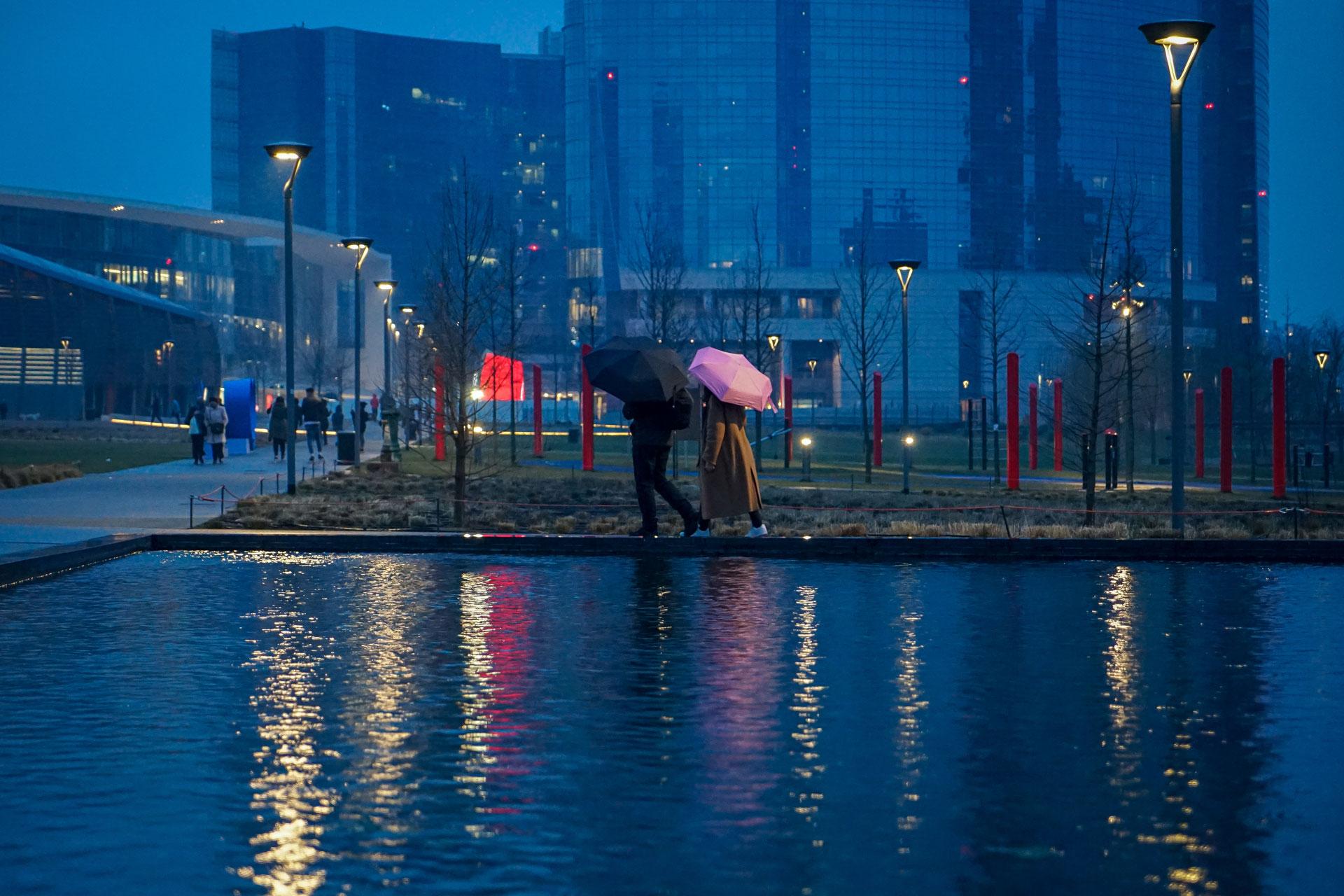 milano, milano vestita di pioggia, pioggia a milano, elena galimberti, fotografia